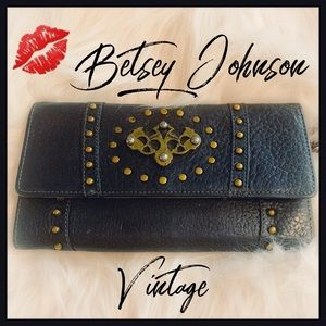 Lucky Charm Black Leather Betsey Johnson Wallet